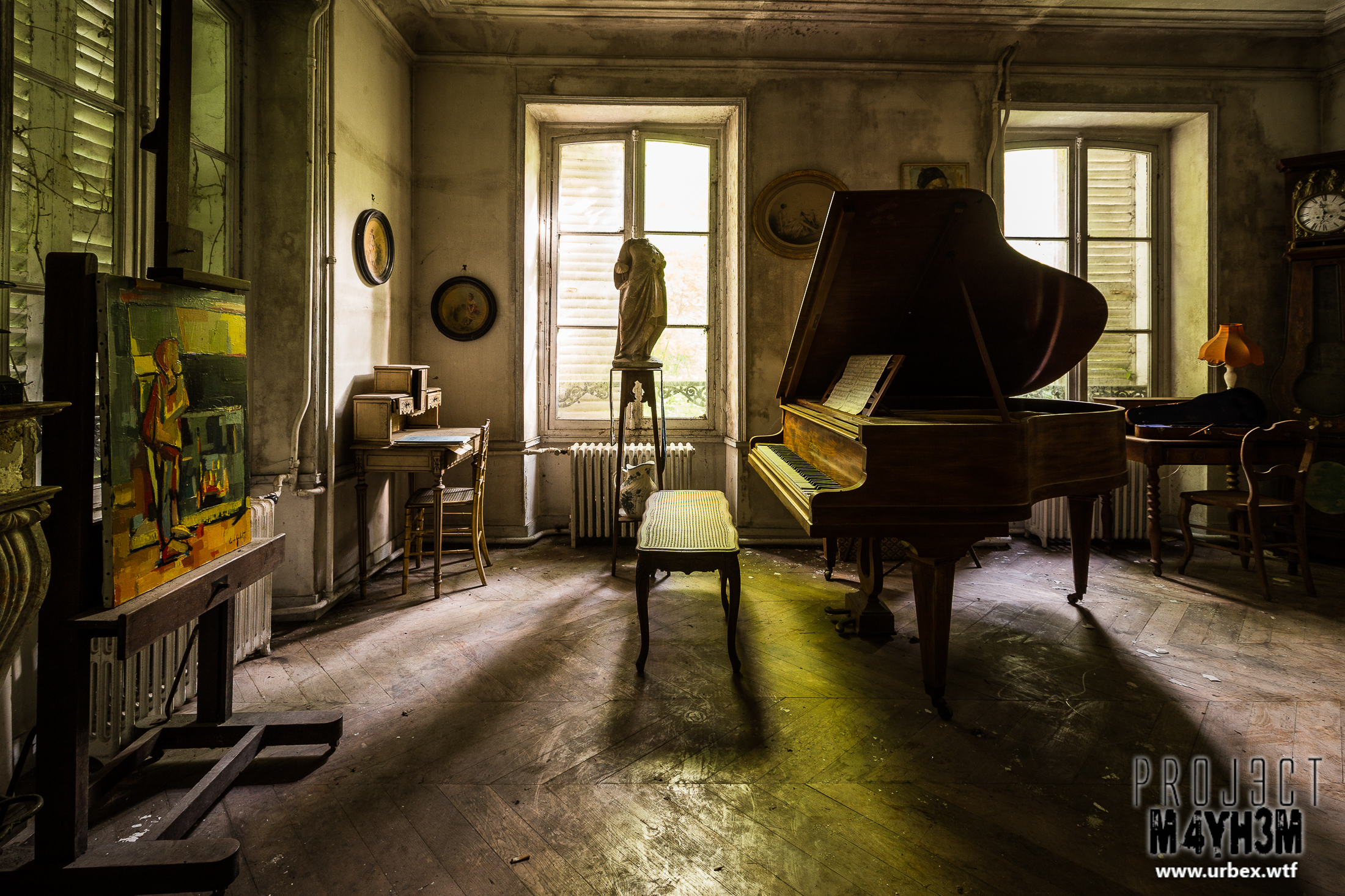 An empty Château full of Musical instruments