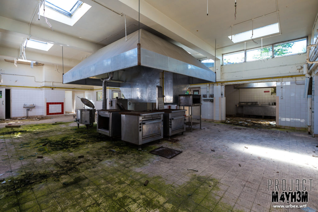 RAF Church Fenton - Kitchens