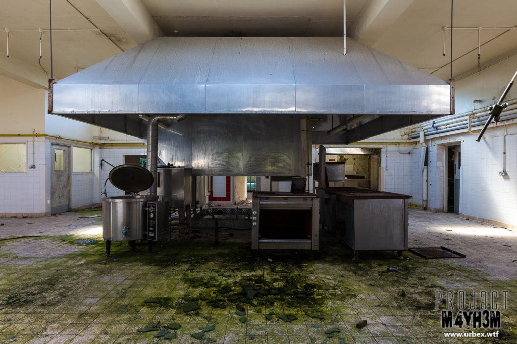 RAF Church Fenton - Kitchens