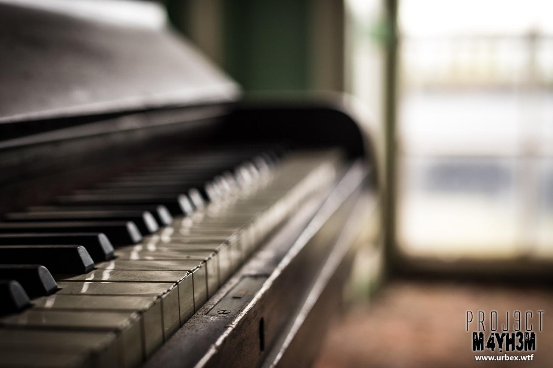 3. Rubenstein upright Piano