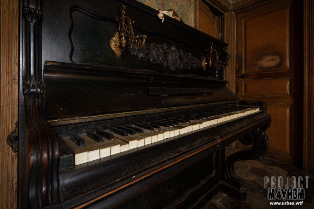 The Butchers House - Piano