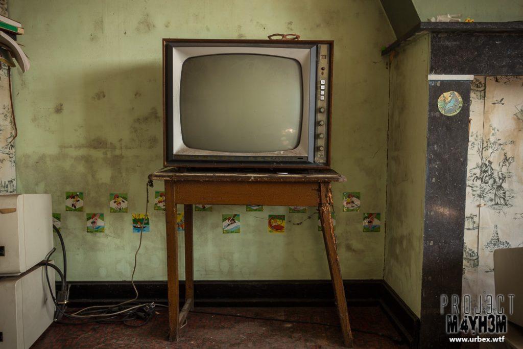 Villa Heil - Television