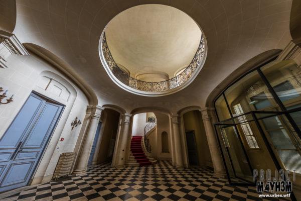An abandoned Chateau
